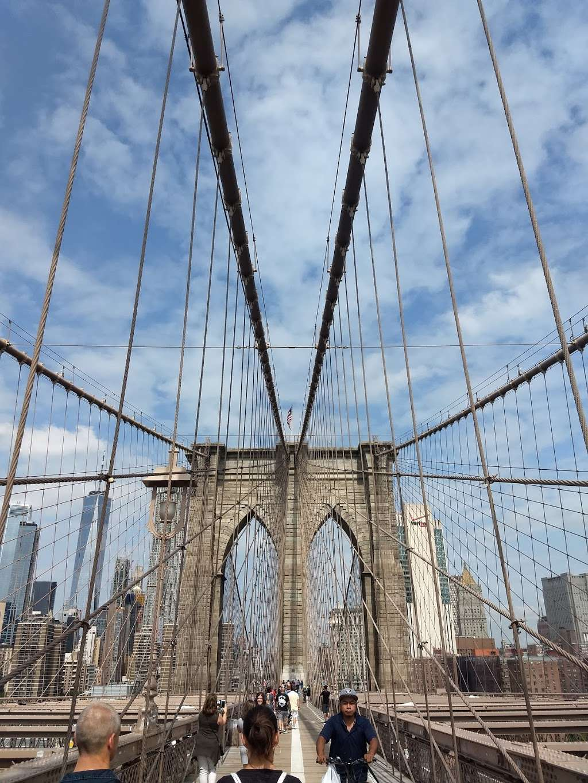 Vintage 61 - restaurant  | Photo 9 of 10 | Address: 233-235 Front St, New York, NY 10038, USA | Phone: (212) 346-9090