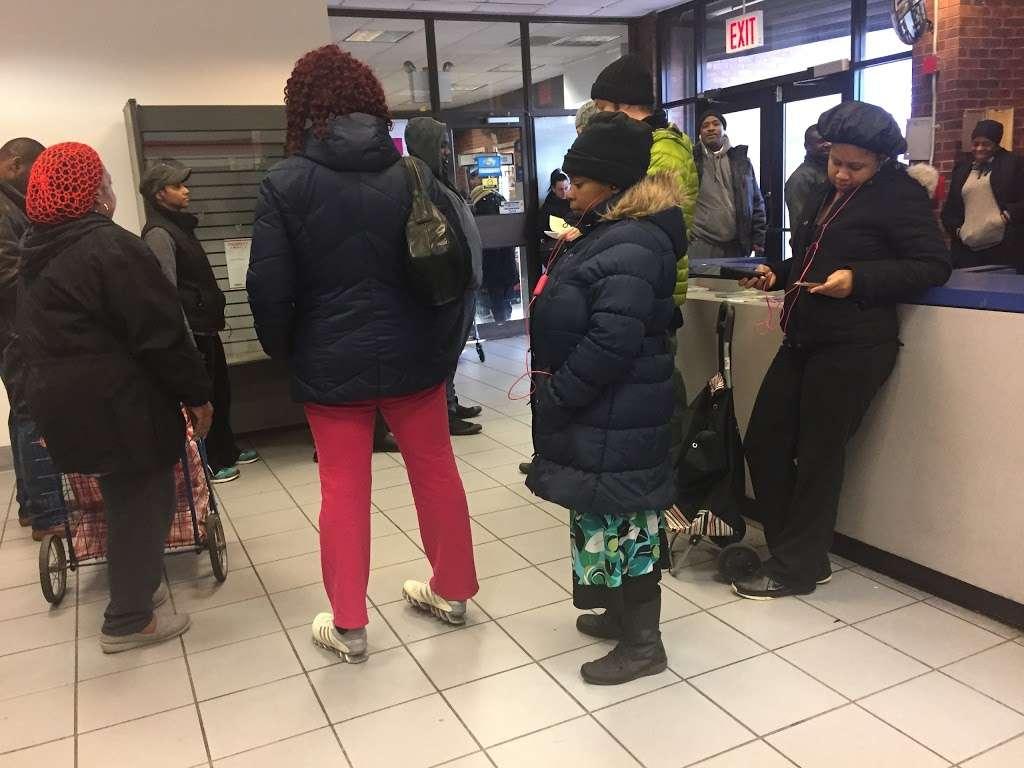 United States Postal Service - post office  | Photo 4 of 9 | Address: 3300 Conner St, Bronx, NY 10475, USA | Phone: (800) 275-8777