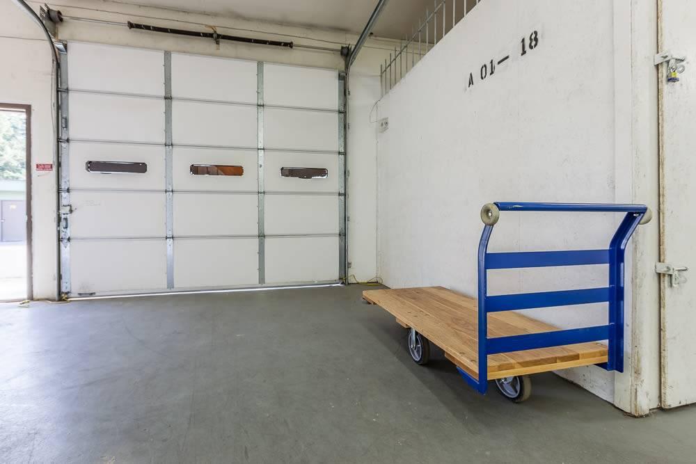Bainbridge North Storage - moving company    Photo 3 of 7   Address: 12715 Miller Rd NE, Bainbridge Island, WA 98110, USA   Phone: (206) 743-9479