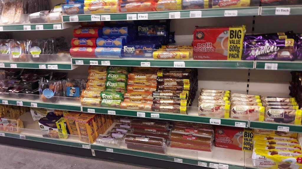 Barleylands Farm Shop - store  | Photo 1 of 10 | Address: Southend Rd, Billericay CM11 2UQ, UK | Phone: 01268 288886