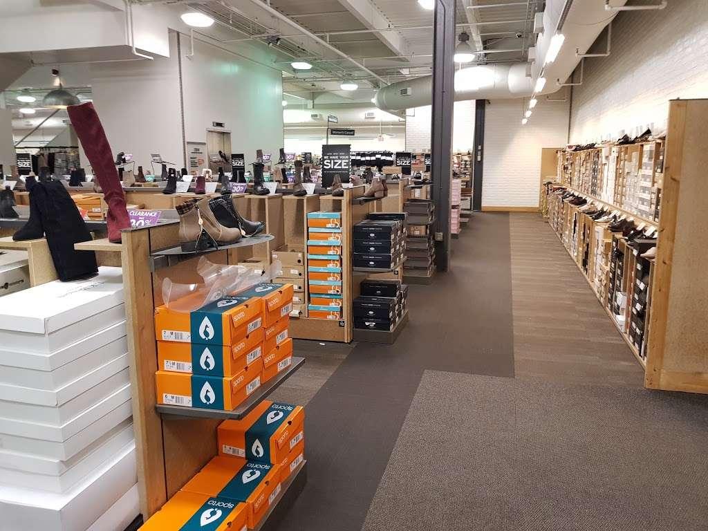 DSW Designer Shoe Warehouse - shoe store  | Photo 4 of 10 | Address: 60 State Route 17 North, Paramus, NJ 07652, USA | Phone: (201) 291-0505