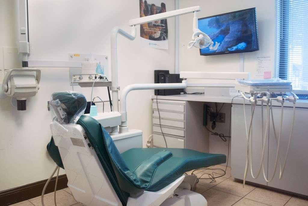 Dove Dental Group of Glen Rock - dentist    Photo 1 of 10   Address: 875 Lincoln Ave, Glen Rock, NJ 07452, USA   Phone: (201) 857-8882