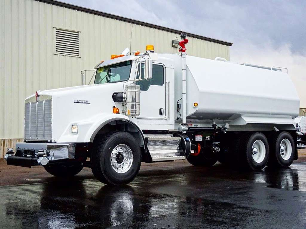 United Truck & Equipment, Inc. - store  | Photo 2 of 10 | Address: 2045 W Buckeye Rd, Phoenix, AZ 85009, USA | Phone: (602) 253-7739