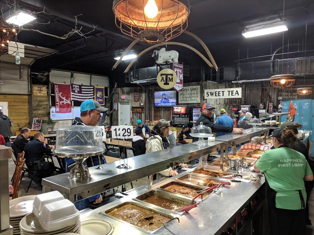 Lercys Diner West - restaurant    Photo 1 of 10   Address: 1419 N Main St, Mont Belvieu, TX 77520, USA   Phone: (281) 576-6975