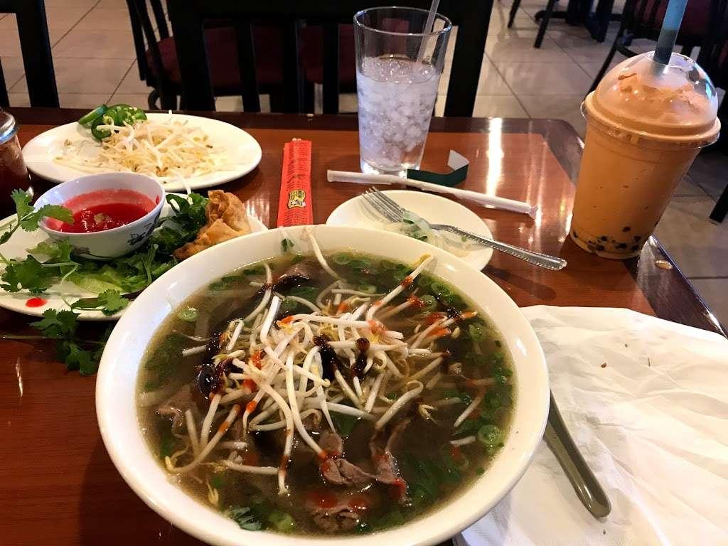Pho 4U - restaurant  | Photo 3 of 9 | Address: 10730 Potranco Rd ste 117, San Antonio, TX 78251, USA | Phone: (210) 858-3168