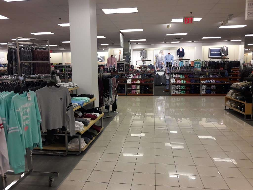 Kohls Caesars Bay - department store  | Photo 7 of 10 | Address: 8973 Bay Pkwy Ste 1, Brooklyn, NY 11214, USA | Phone: (718) 266-6357