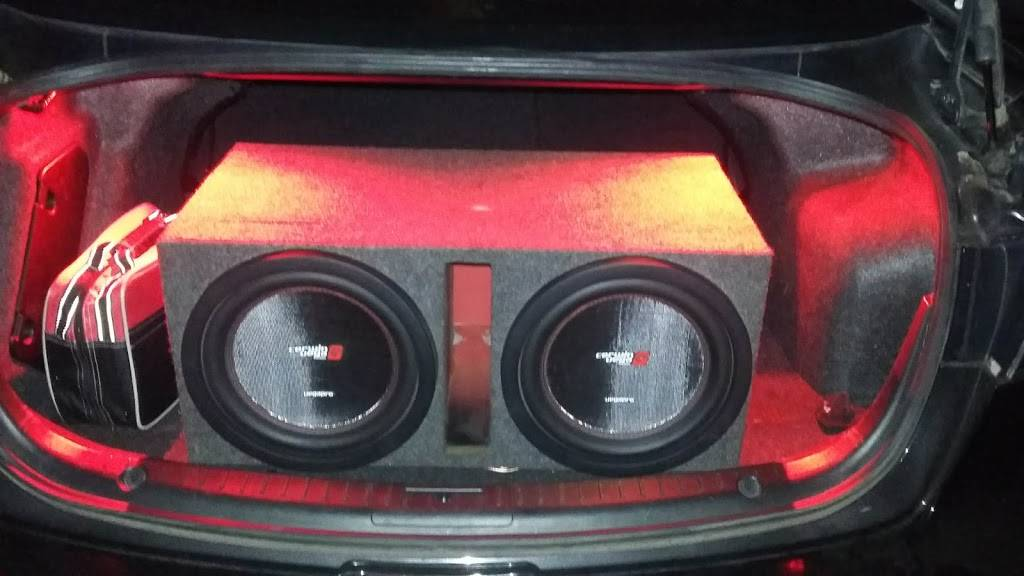 Nuñez Audio - electronics store  | Photo 8 of 9 | Address: 3330 N 35th Ave #2, Phoenix, AZ 85017, USA | Phone: (602) 635-8182