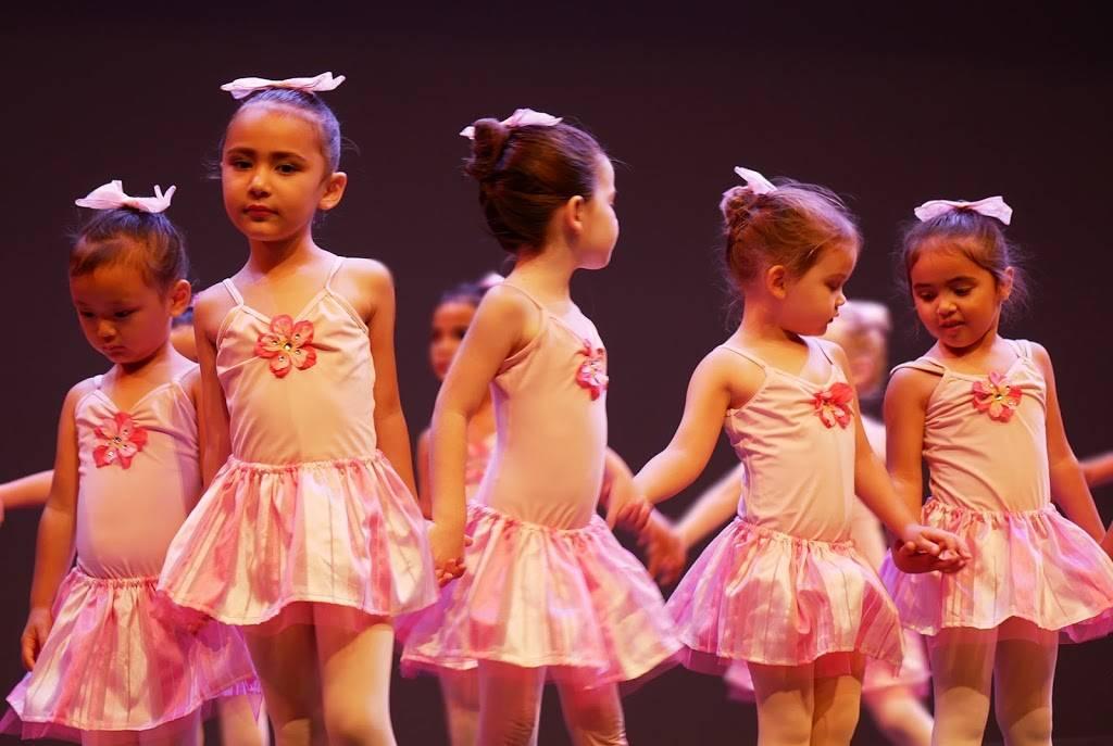 Kailua Dance Academy - school  | Photo 4 of 6 | Address: 203 Kapaa Quarry Pl, Kailua, HI 96734, USA | Phone: (808) 888-9369