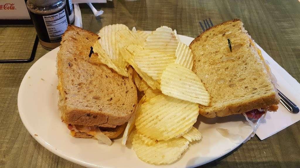 Jasons Deli - restaurant  | Photo 5 of 10 | Address: 10220 Technology Blvd E, Dallas, TX 75220, USA | Phone: (214) 904-8200