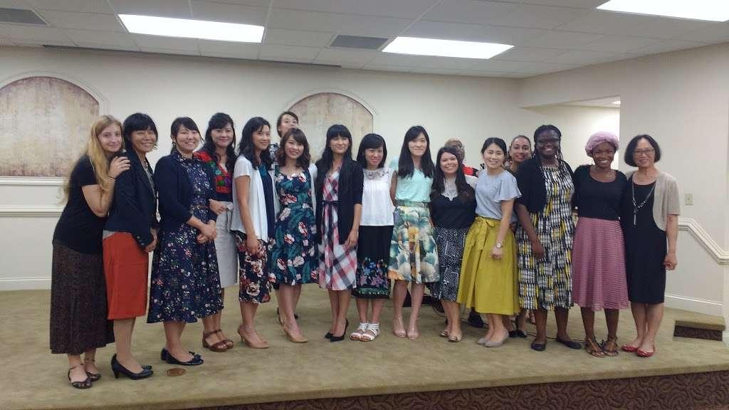 Kingdom Hall of Jehovahs Witnesses - church    Photo 3 of 8   Address: 4133 Redditt Rd, Orlando, FL 32822, USA   Phone: (407) 275-7060