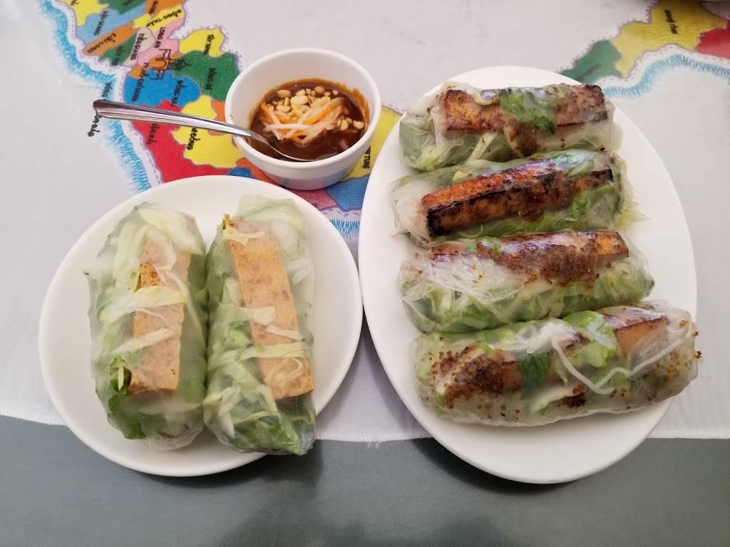 Lang Van Vietnamese Restaurant - restaurant  | Photo 7 of 10 | Address: 3019 Shamrock Dr, Charlotte, NC 28215, USA | Phone: (704) 531-9525