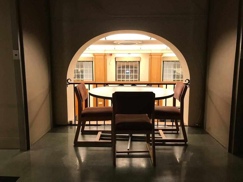ZSR Library - library  | Photo 5 of 10 | Address: 1834 Wake Forest Rd, Winston-Salem, NC 27106, USA | Phone: (336) 758-4931