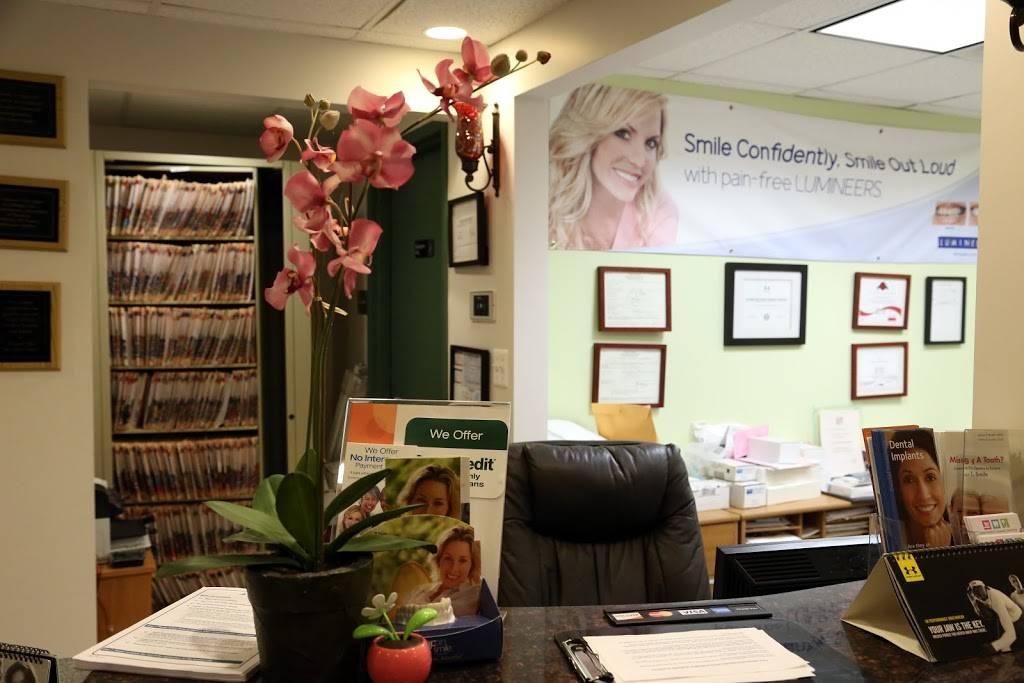Burke Family & Cosmetic Dentistry - dentist  | Photo 2 of 7 | Address: 6116 Rolling Rd #108, Springfield, VA 22152, USA | Phone: (703) 764-1112