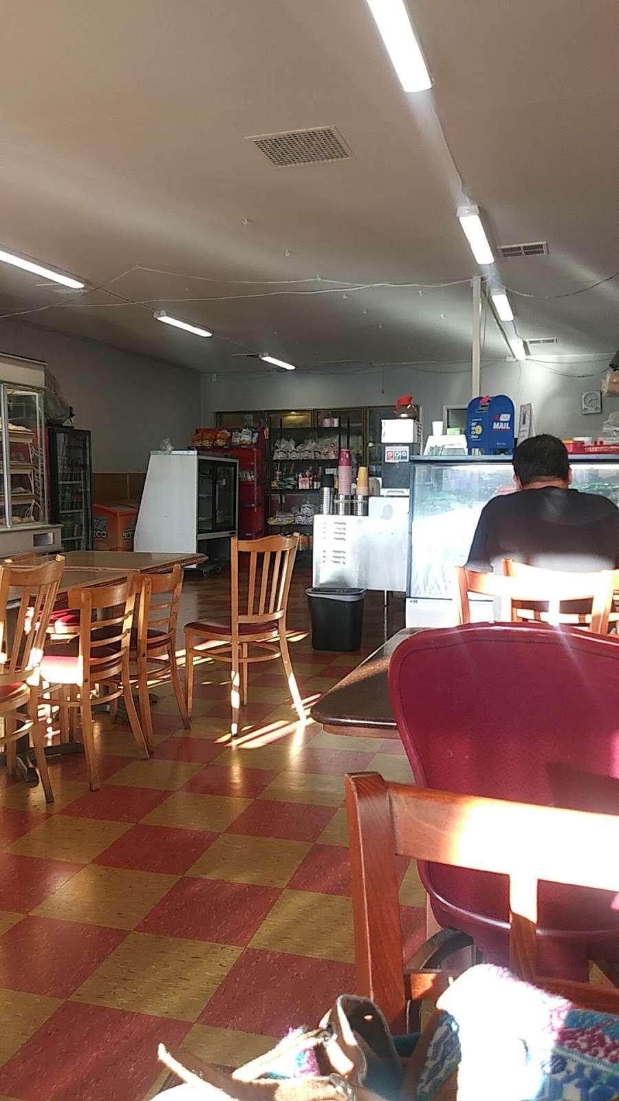 Bakery Taqueria Uno - bakery  | Photo 5 of 10 | Address: 36601 Newark Blvd #17, Newark, CA 94560, USA | Phone: (510) 494-0101
