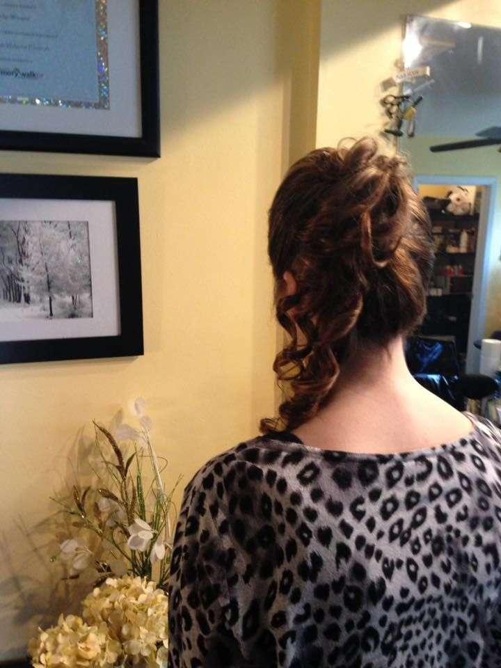 Finale Hair Studio - hair care  | Photo 5 of 7 | Address: 1051 Clayton Rd, Williamstown, NJ 08094, USA | Phone: (856) 728-2300