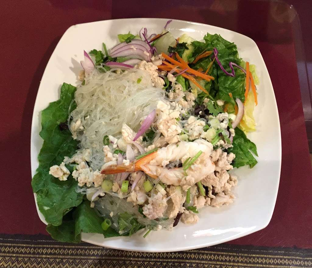 Thai Dishes Restaurant - restaurant  | Photo 2 of 9 | Address: 707 S Pacific Coast Hwy, Redondo Beach, CA 90277, USA | Phone: (310) 316-6326