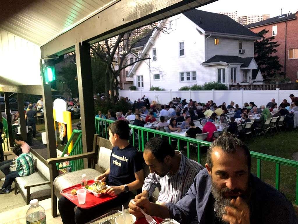 TARF Bergen Diyanet Camii - mosque  | Photo 7 of 10 | Address: 240 Knox Ave, Cliffside Park, NJ 07010, USA | Phone: (201) 840-8065