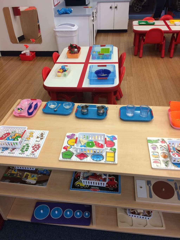 Apple Montessori Schools & Camps - Hoboken - school  | Photo 8 of 10 | Address: 1055 Maxwell Ln, Hoboken, NJ 07030, USA | Phone: (201) 963-4949