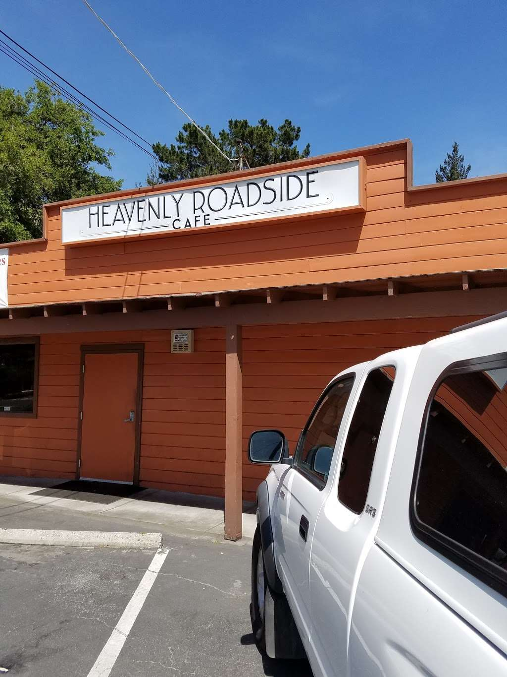 Heavenly Roadside Café - cafe  | Photo 3 of 10 | Address: 1210 Mt Hermon Rd, Scotts Valley, CA 95066, USA | Phone: (831) 335-1210
