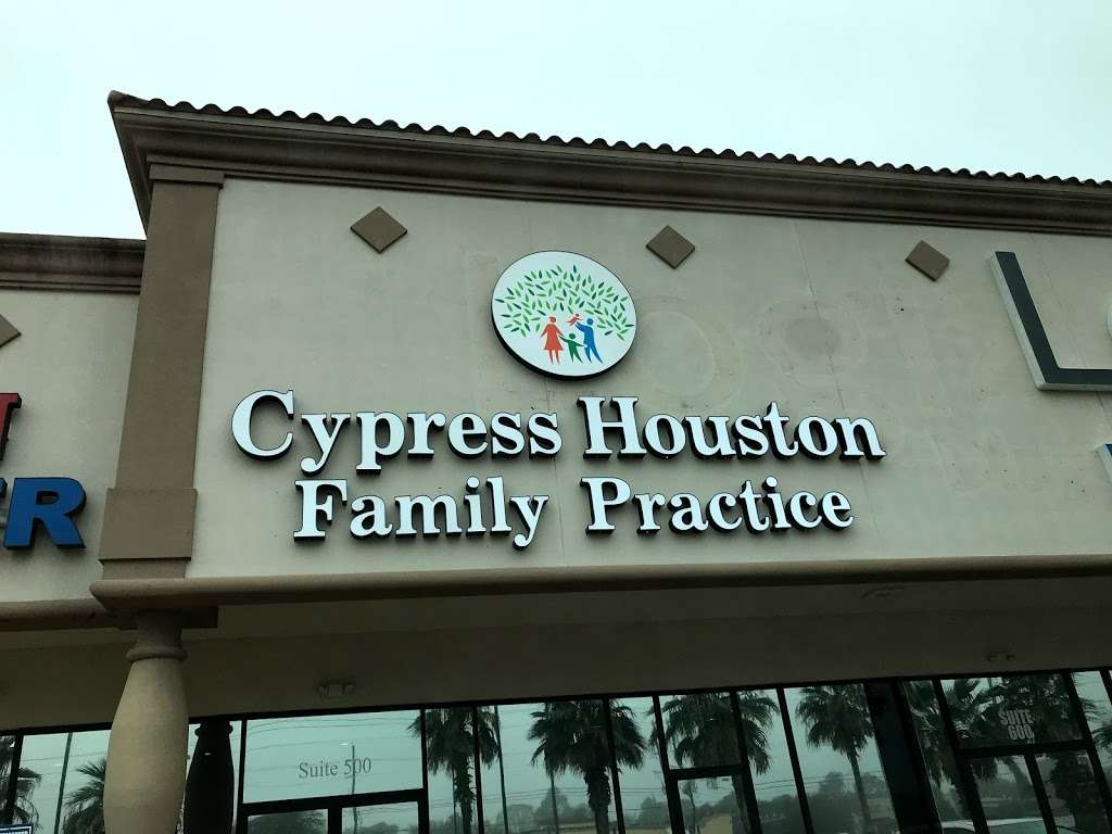 Tracy Hoang - doctor  | Photo 1 of 2 | Address: 5431 Barker Cypress Rd, Houston, TX 77084, USA | Phone: (713) 955-4550