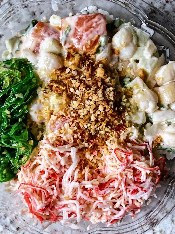 Poke N Roll - restaurant    Photo 3 of 10   Address: 441 E 9th St, New York, NY 10009, USA   Phone: (212) 420-7653