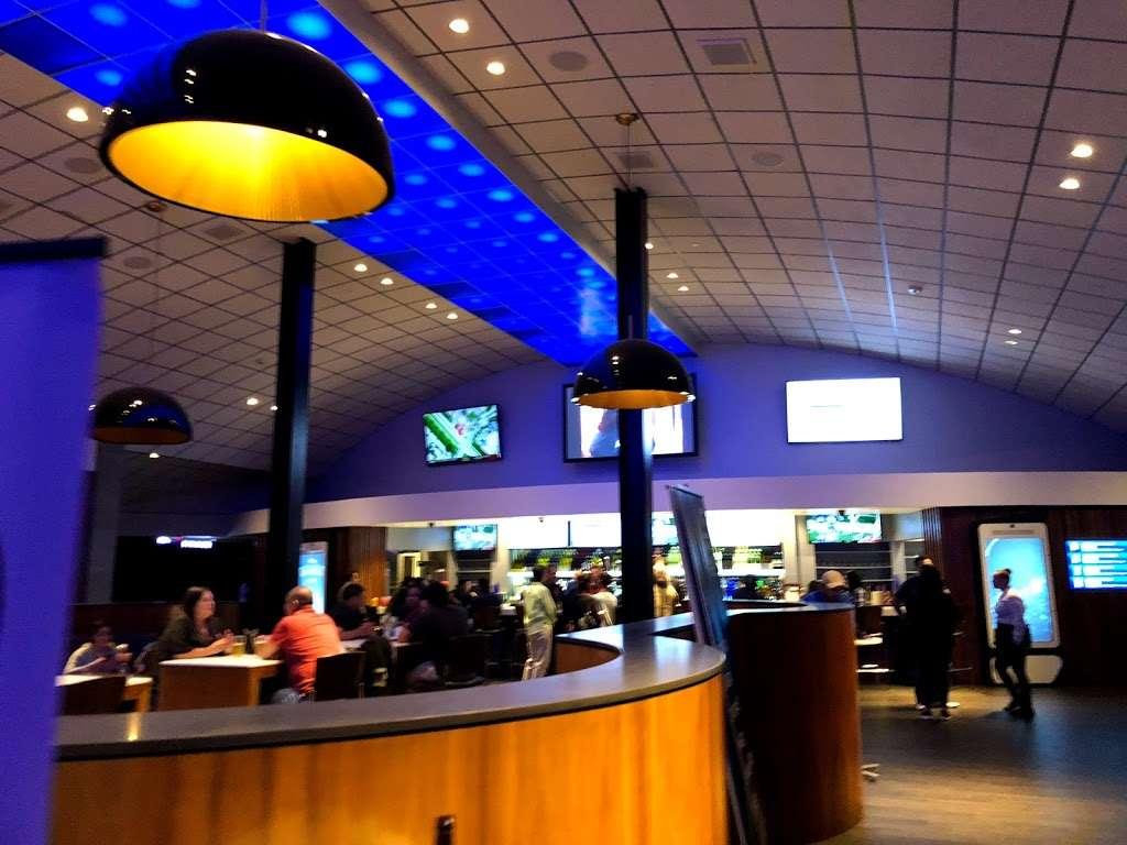 Studio Movie Grill - movie theater  | Photo 3 of 10 | Address: 10110 Technology Blvd E, Dallas, TX 75220, USA | Phone: (469) 405-8531