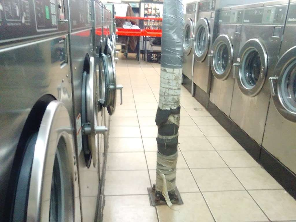 A-1 Washateria and dry cleaners - laundry  | Photo 3 of 10 | Address: 28106 Heidi Ln, Tomball, TX 77375, USA | Phone: (281) 357-0678
