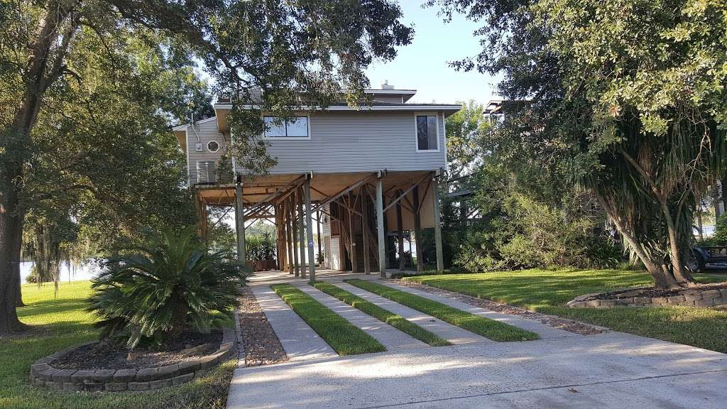 Rio Villa Nature Trail - park  | Photo 6 of 10 | Address: Wallisville Rd & Rio Villa Dr, Houston, TX 77049, USA | Phone: (713) 274-7275