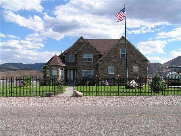 Temecula Valley Horse Property - real estate agency    Photo 7 of 10   Address: 40750 Carmelita Cir, Temecula, CA 92591, USA   Phone: (951) 966-1389