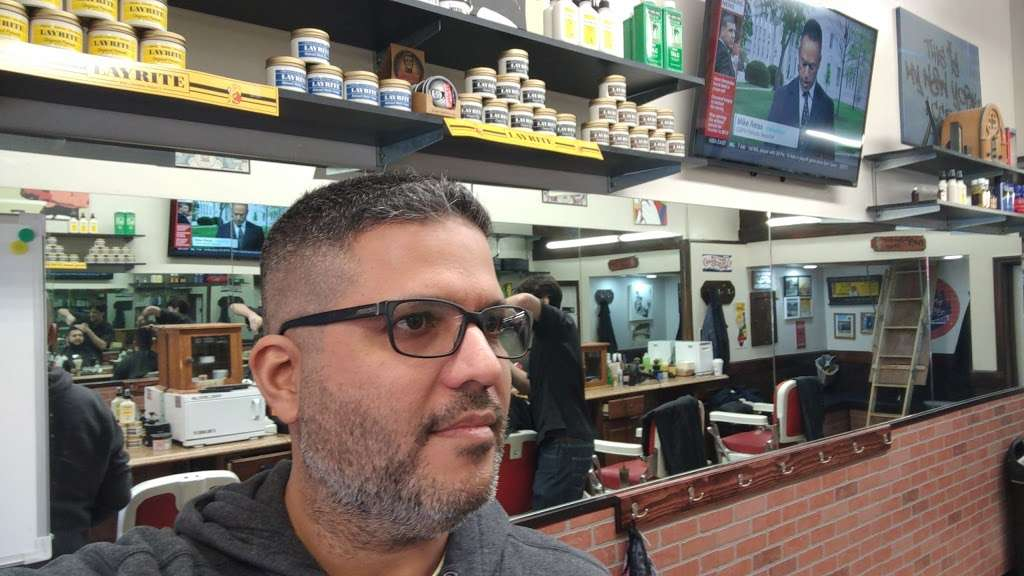 Rays Barber Shop - hair care  | Photo 2 of 7 | Address: 634 W 207th St, New York, NY 10034, USA | Phone: (212) 569-4090