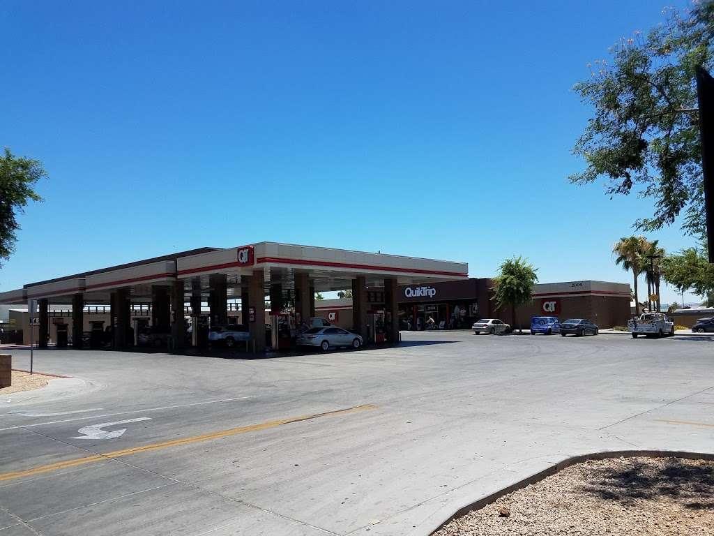 QuikTrip - gas station  | Photo 10 of 10 | Address: 2009 W Glendale Ave, Phoenix, AZ 85021, USA | Phone: (602) 841-7032