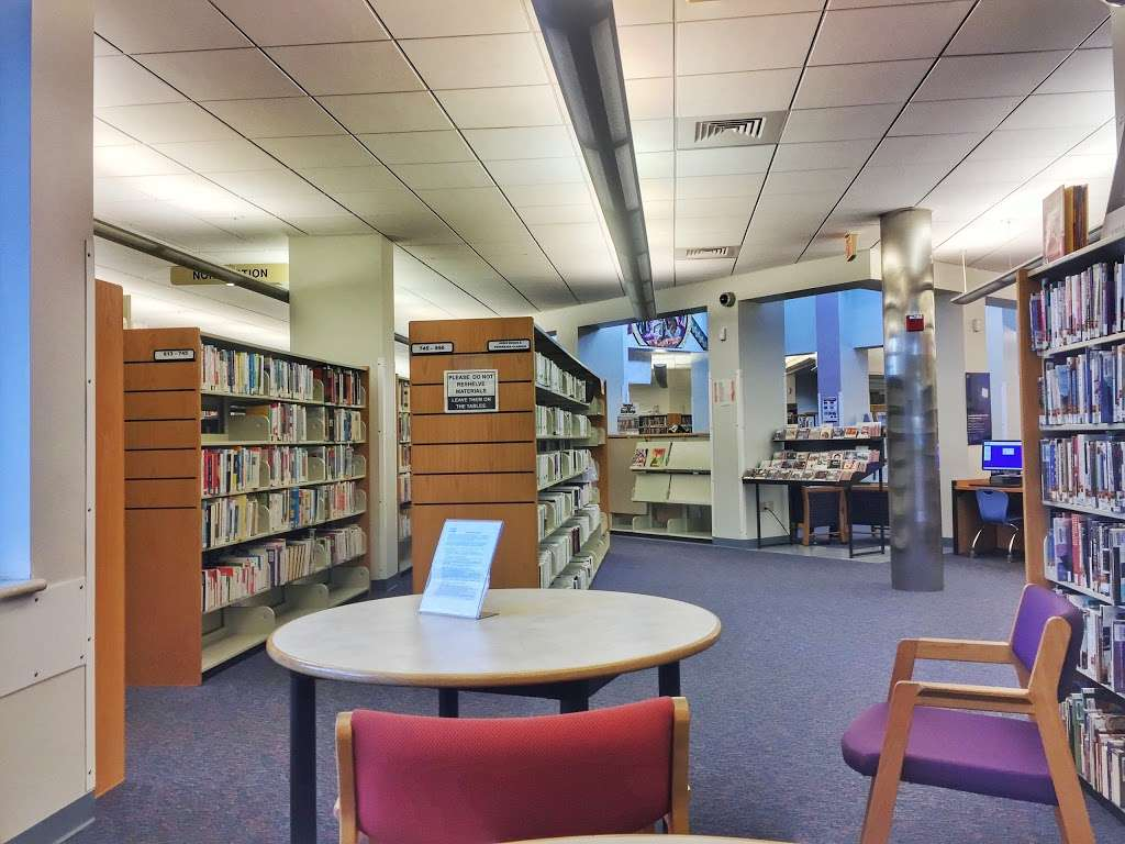 Carver Ranches Library - library  | Photo 2 of 10 | Address: 4735 SW 18th St, West Park, FL 33023, USA | Phone: (954) 357-6245