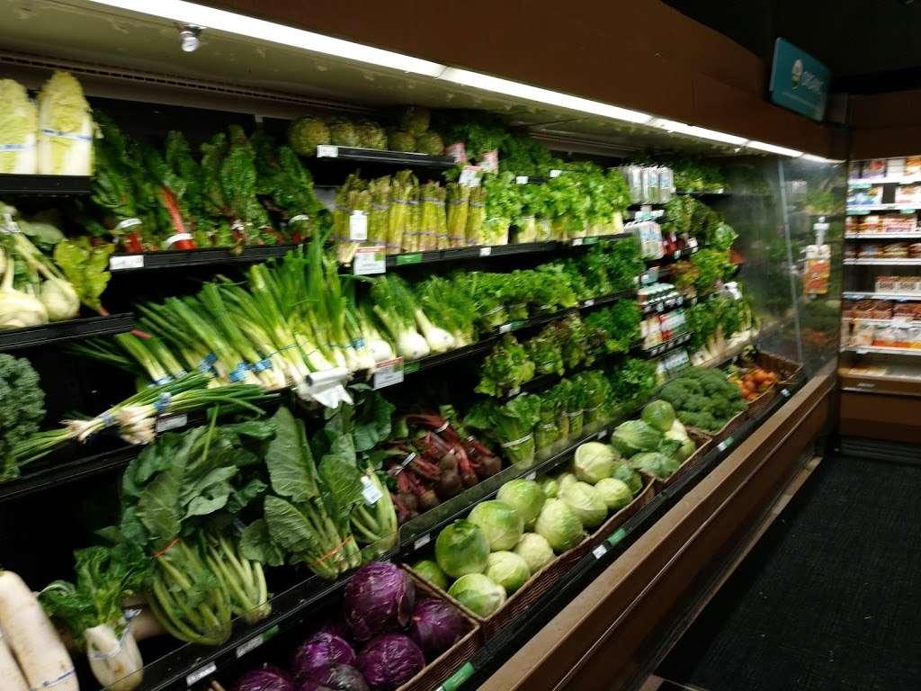 Publix Super Market at Steele Creek Crossing - supermarket    Photo 5 of 10   Address: 12810 S Tryon St, Charlotte, NC 28273, USA   Phone: (704) 587-0339