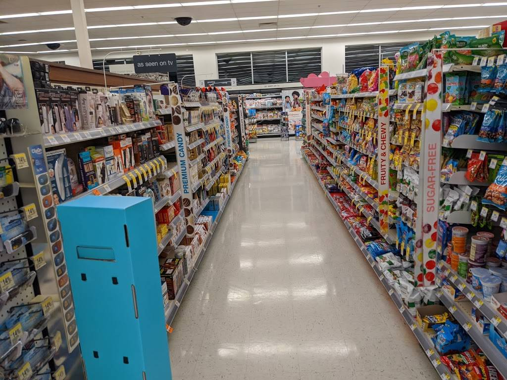 Walgreens - convenience store  | Photo 1 of 10 | Address: 9325 Parkway E, Birmingham, AL 35215, USA | Phone: (205) 833-6882