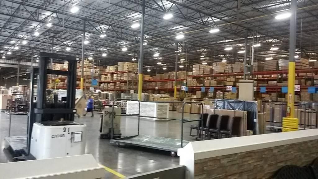 Rooms To Go Distribution Center - storage  | Photo 2 of 9 | Address: 3500 S Watson Rd, Arlington, TX 76014, USA | Phone: (800) 766-6786