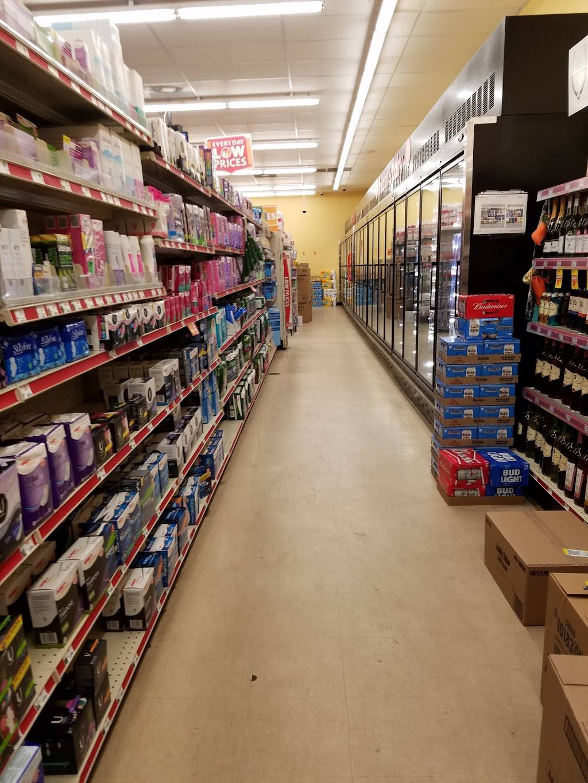Family Dollar - supermarket  | Photo 2 of 10 | Address: 4301 Statesville Rd, Charlotte, NC 28269, USA | Phone: (704) 921-0647