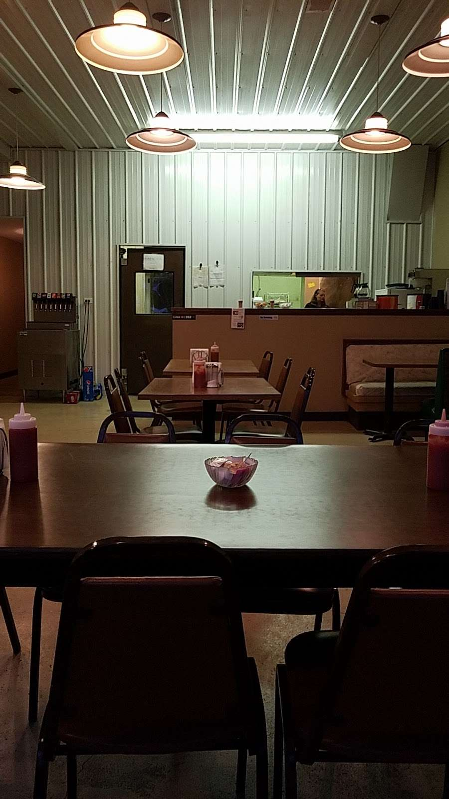 Pattys Diner LLC - restaurant  | Photo 1 of 5 | Address: 106 S Pine St, Norborne, MO 64668, USA | Phone: (660) 593-3004