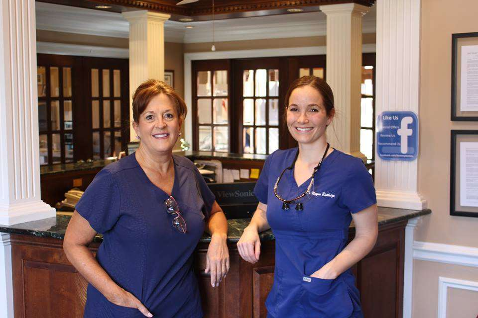 Park Avenue Dental Professionals - dentist  | Photo 9 of 10 | Address: 1001 W Park Ave, Libertyville, IL 60048, USA | Phone: (847) 918-1255