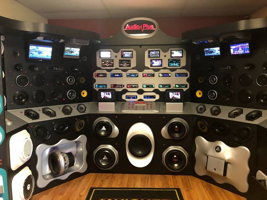 AUDIO PLUS - electronics store  | Photo 3 of 10 | Address: Behind Racetrack, 10050 Gibsonton Dr, Riverview, FL 33578, USA | Phone: (813) 671-8481