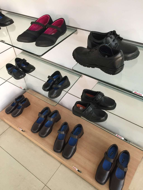 Touch Of Glass - home goods store  | Photo 2 of 3 | Address: Princess Margaret Rd, East Tilbury, Tilbury RM18 8SB, UK