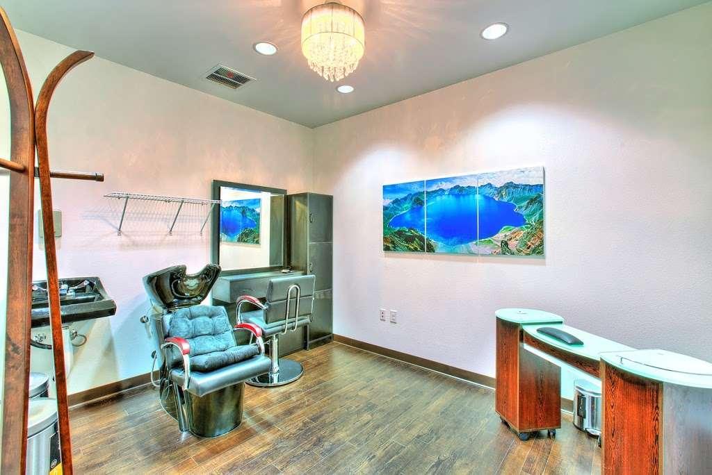 Tempo Senior Apartments - real estate agency  | Photo 8 of 10 | Address: 5625 S Hollywood Blvd, Las Vegas, NV 89122, USA | Phone: (702) 990-2771
