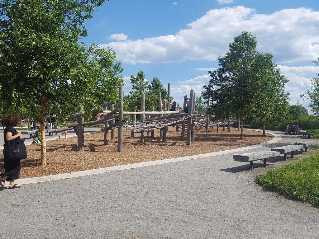 Hammock Grove - park    Photo 7 of 10   Address: Brooklyn, NY 11231, USA