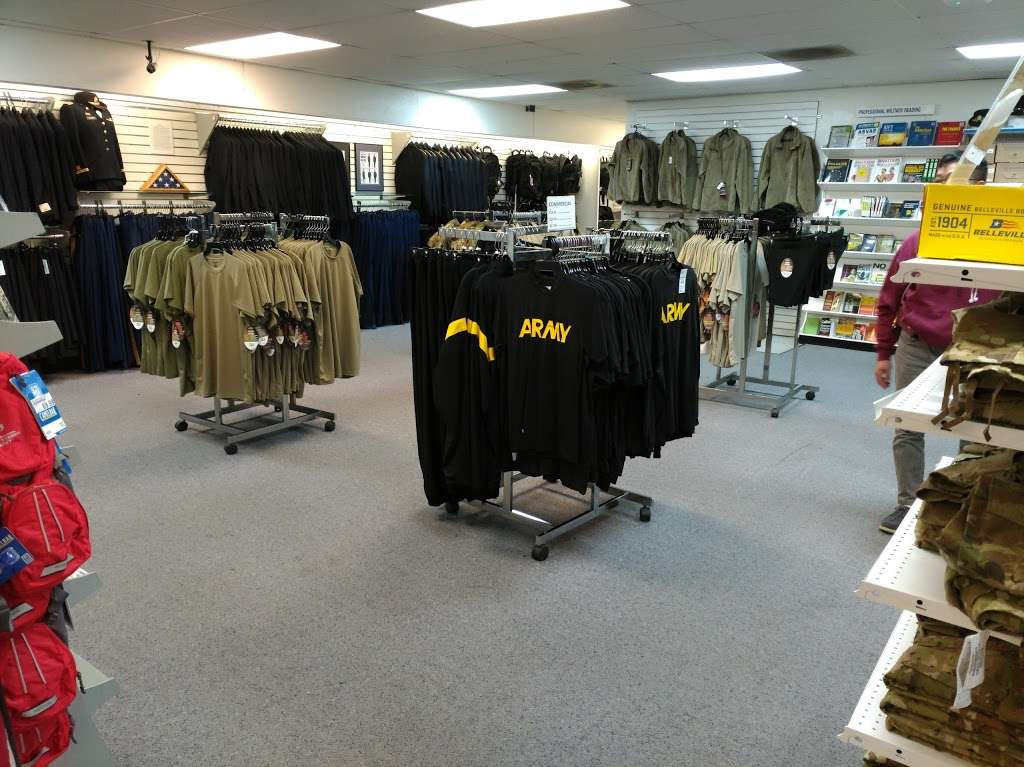 Army & Air Force Exchange Services - clothing store    Photo 2 of 10   Address: 4340 Yorktown Ave Bldg.27, Los Alamitos, CA 90720, USA   Phone: (562) 430-1076