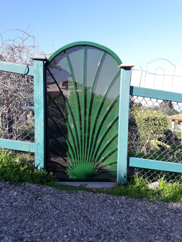 Frog Pond Park - park  | Photo 9 of 10 | Address: Palos Verdes Dr E, Rancho Palos Verdes, CA 90275, USA