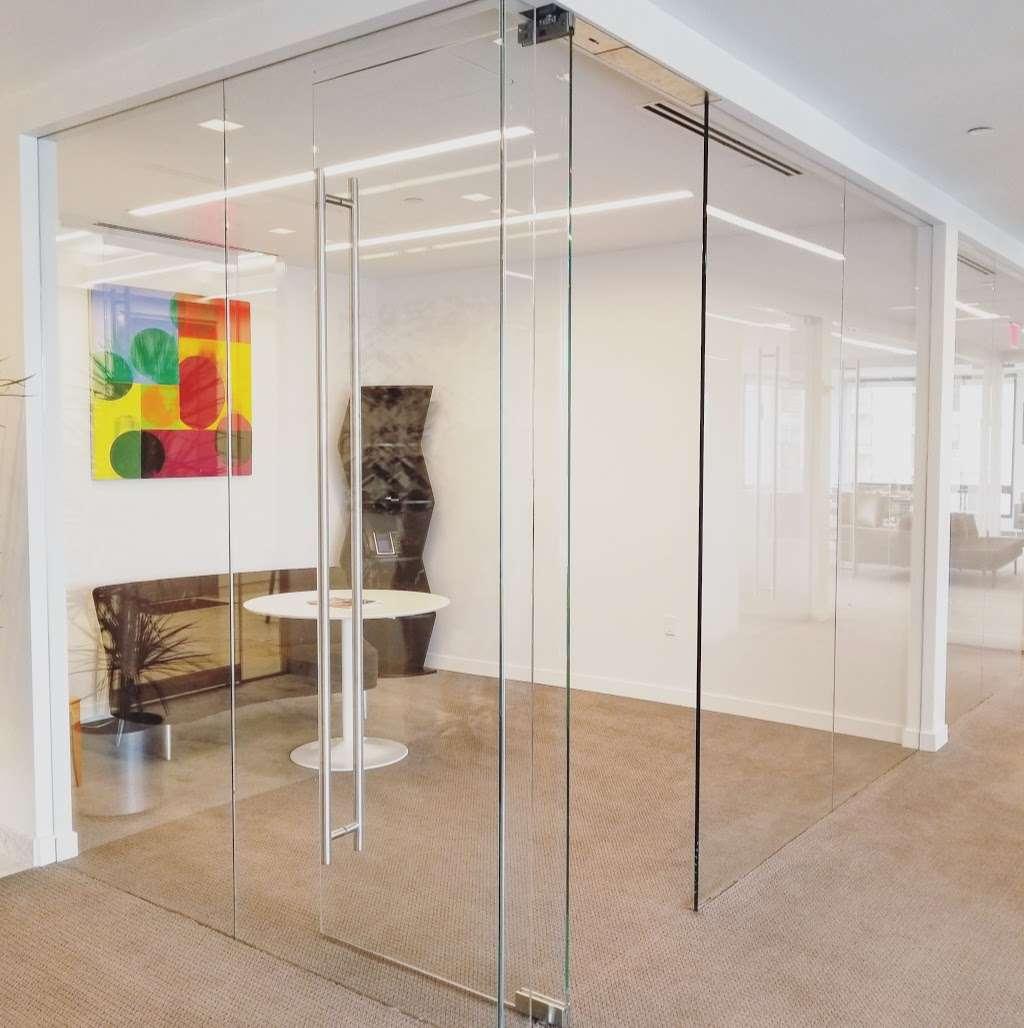 Florian Glass Service, Inc. - store  | Photo 10 of 10 | Address: 3800 32nd St, Union City, NJ 07087, USA | Phone: (201) 863-4770