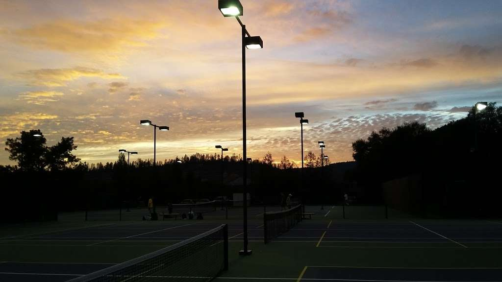 Sky Park Tennis - gym  | Photo 5 of 5 | Address: 912 Coast Range Dr, Scotts Valley, CA 95066, USA