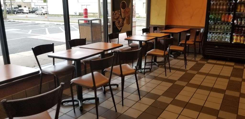 Dunkin Donuts - cafe    Photo 3 of 10   Address: 410 Lalor St, Trenton, NJ 08611, USA   Phone: (609) 394-0855