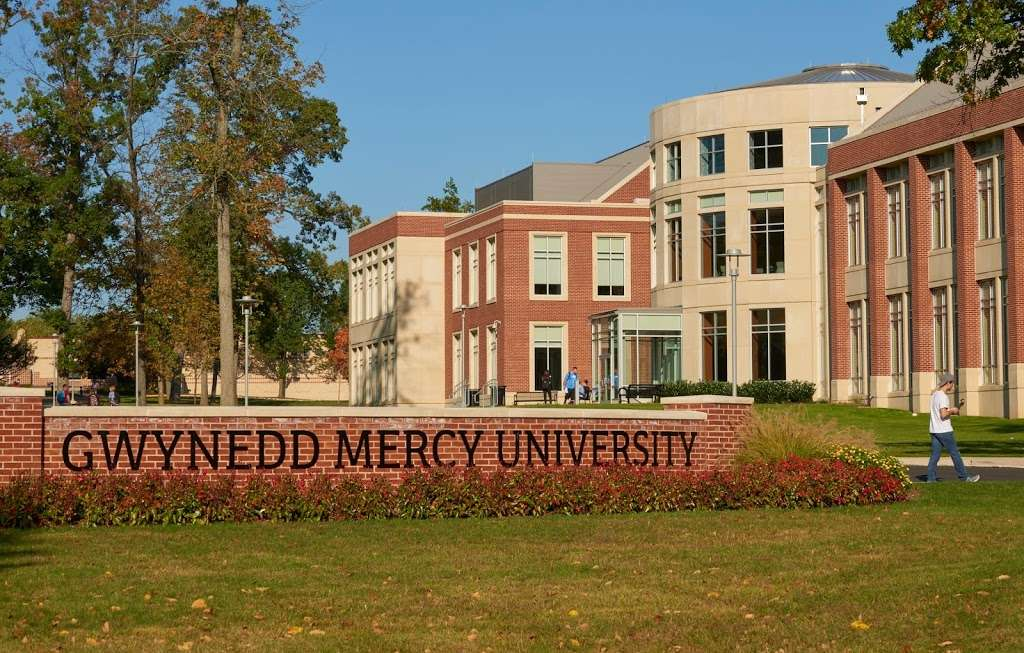 Gwynedd Mercy University - university  | Photo 1 of 10 | Address: 1325 Sumneytown Pike, Gwynedd Valley, PA 19437, USA | Phone: (215) 646-7300