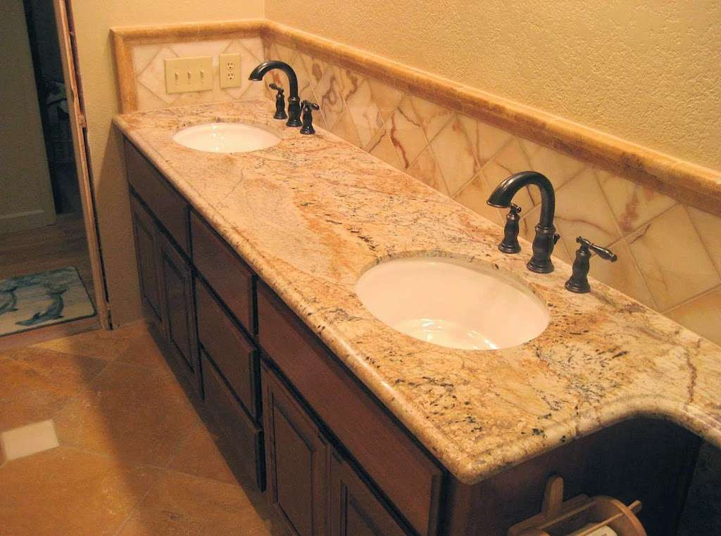 Creative Kitchens and Baths - home goods store    Photo 7 of 10   Address: 2142 Larchmont Cir, Fairfield, CA 94534, USA   Phone: (707) 688-8432