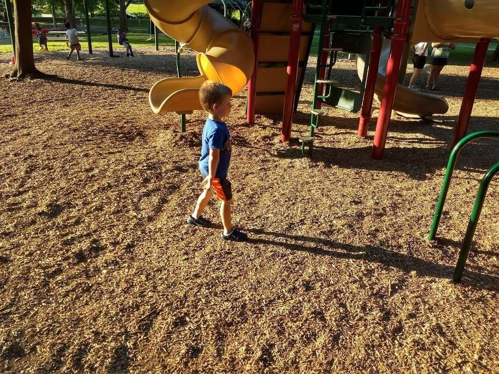 Pangborn Park - park  | Photo 7 of 10 | Address: 591 Pangborn Blvd, Hagerstown, MD 21740, USA | Phone: (301) 739-8577